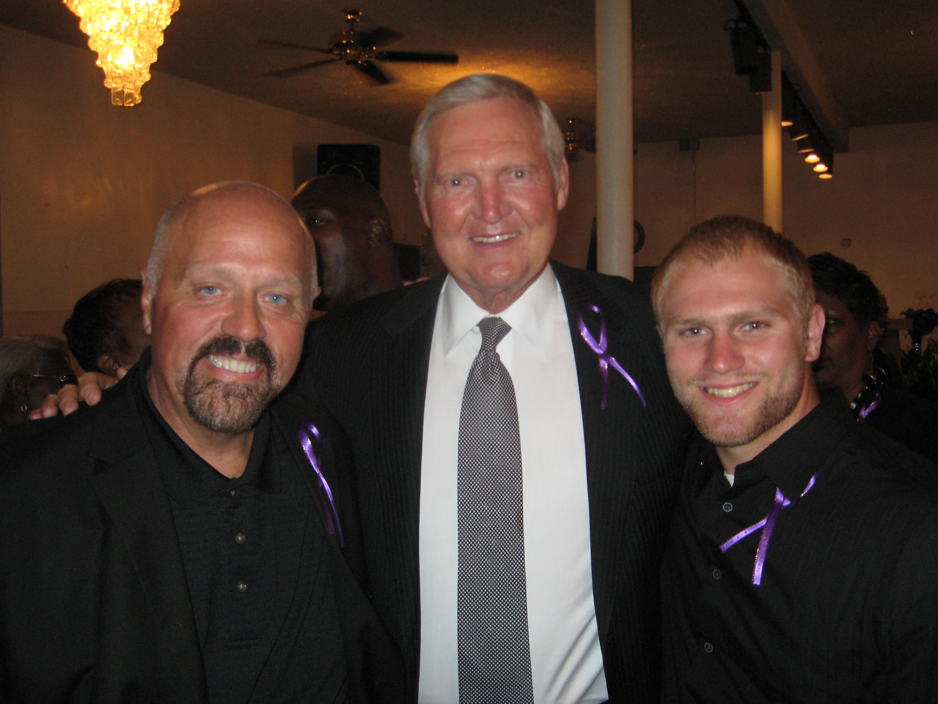 Jerry West Trevor Ariza and a standing room only crowd remember